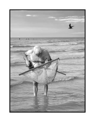 Pêche à la crevettes grises, Sainte Marguerite sur Mer, France.